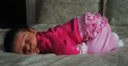 Young baby girls pictures_she looks so sweet in her deep ...